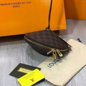 Louis vuitton  neck wallet